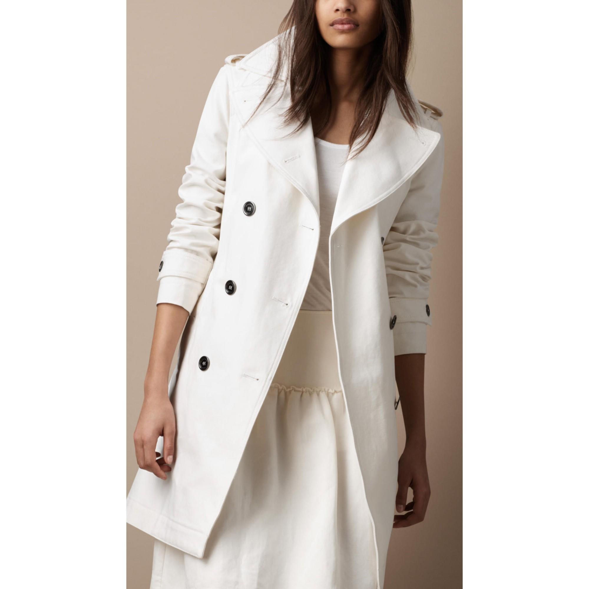 Купить белое женское пальто Burberry — в Киеве 589a8da2f285d