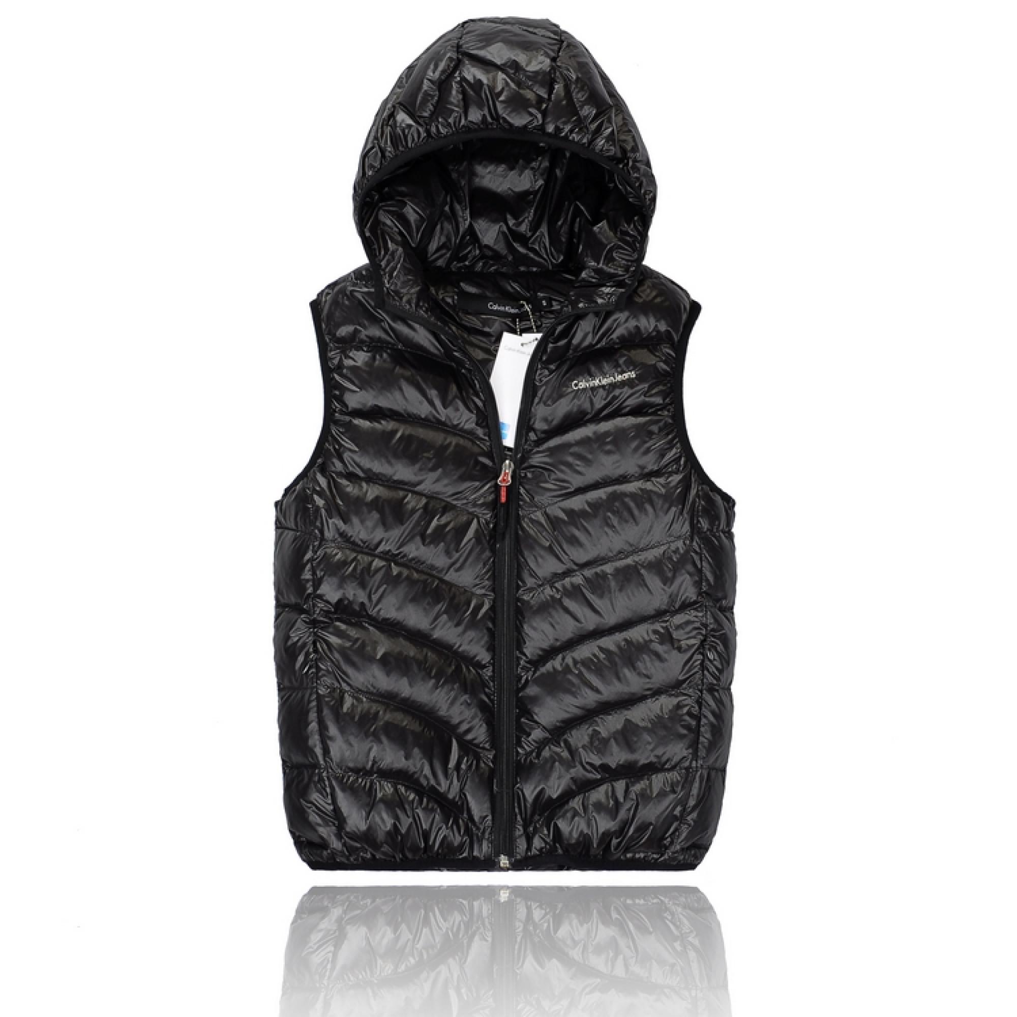 4fac362c745a7 Купить черная жилетка Calvin Klein — в Киеве, код товара 12250
