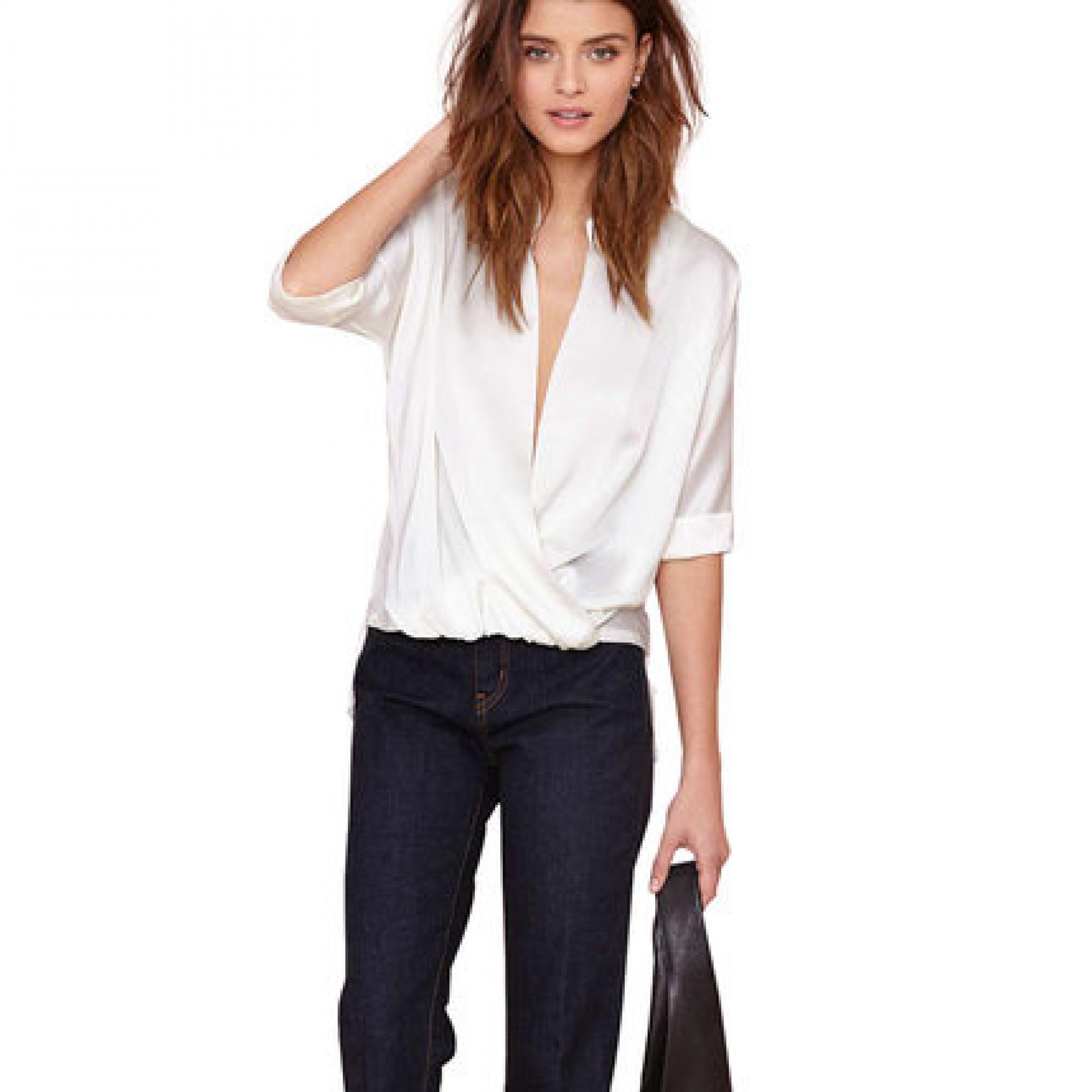 7066c41ec85 Купить блузка с глубоким V-образным декольте — в Киеве