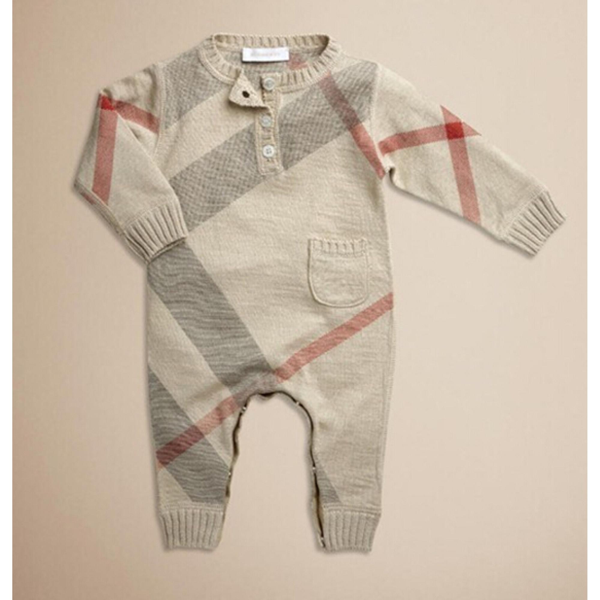 0507db56a055e Burberry — Купить детские товары для новорожденных