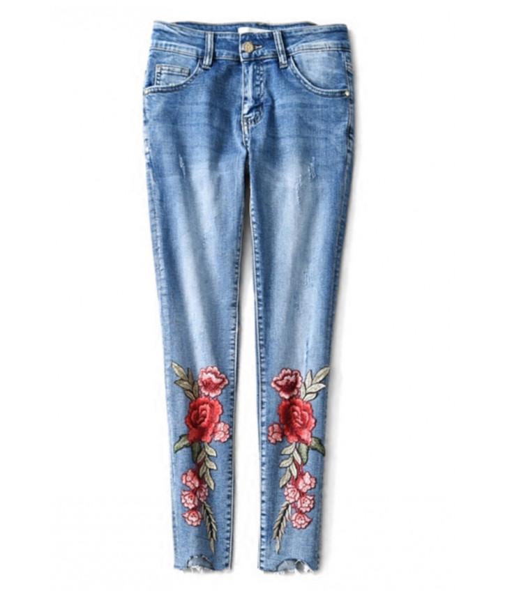 4cadb76387aa Джинсы Marc Jacobs с цветочным принтом  купить женские джинсы в интернет  магазине Studio ...