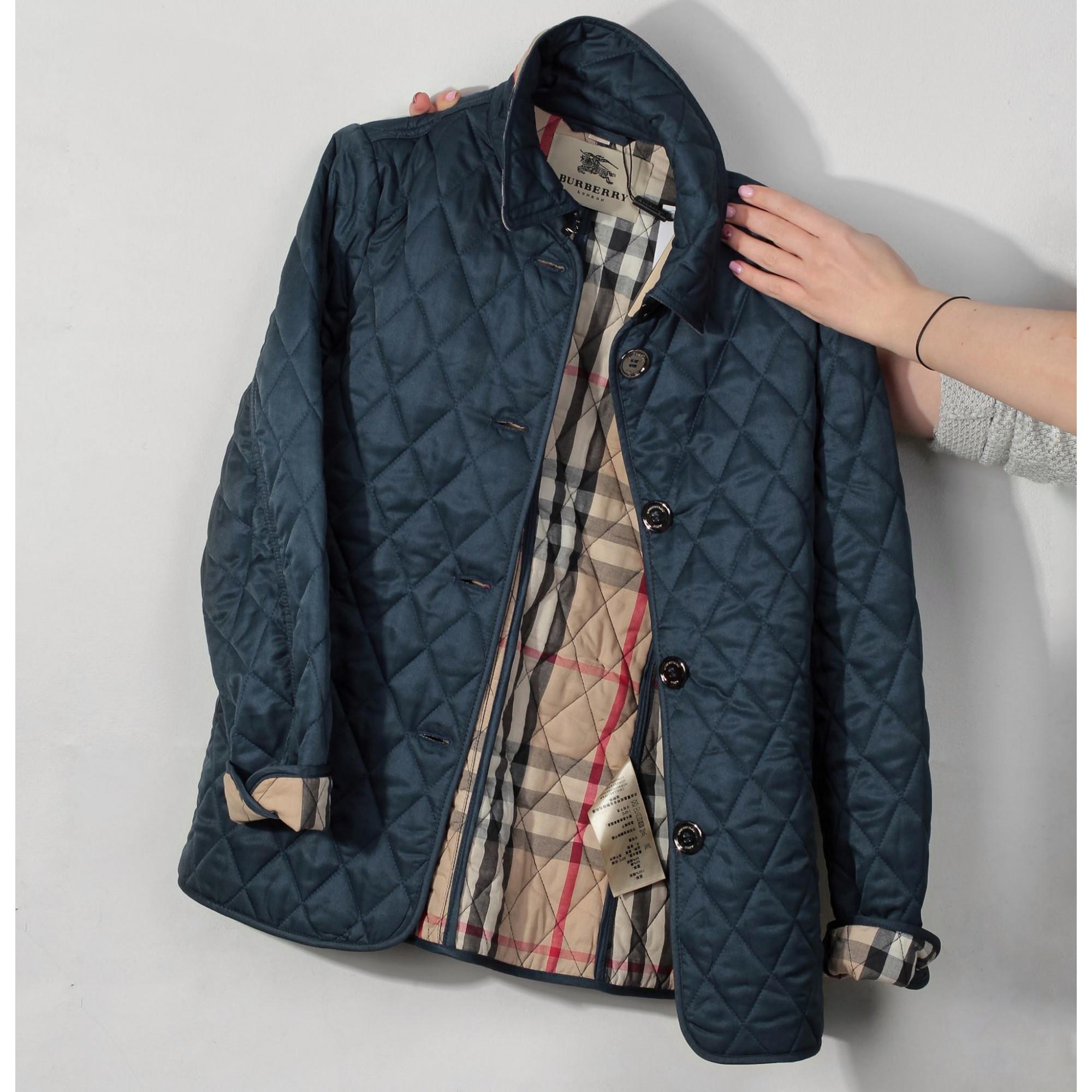 Купить женская короткая куртка Burberry темно-синего цвета — в Киеве ... af0a7360cfe